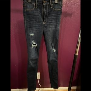 High Waisted Ripped Dark wash Hollister Jeggings